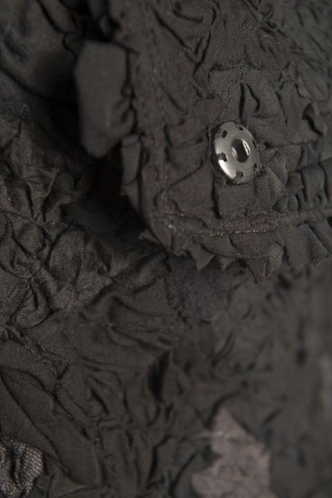 j_schwarz_detail-e593946f4914ba4608ee62dfbae3ac25
